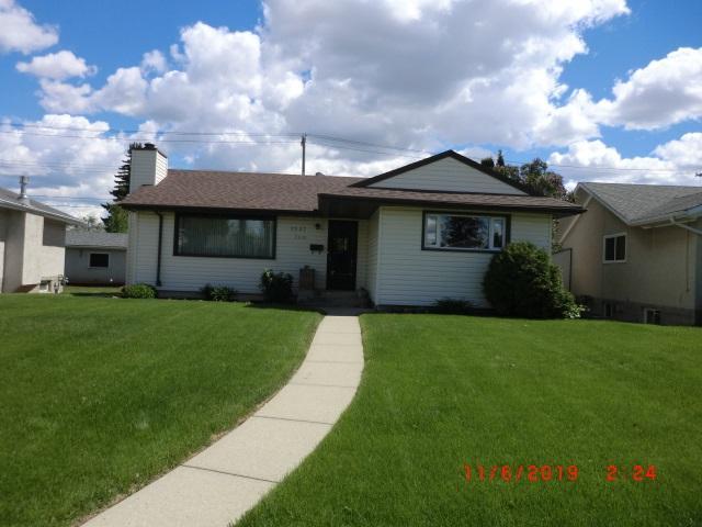 7007 76 Street, Edmonton, AB T6C 2J4 (#E4163065) :: David St. Jean Real Estate Group