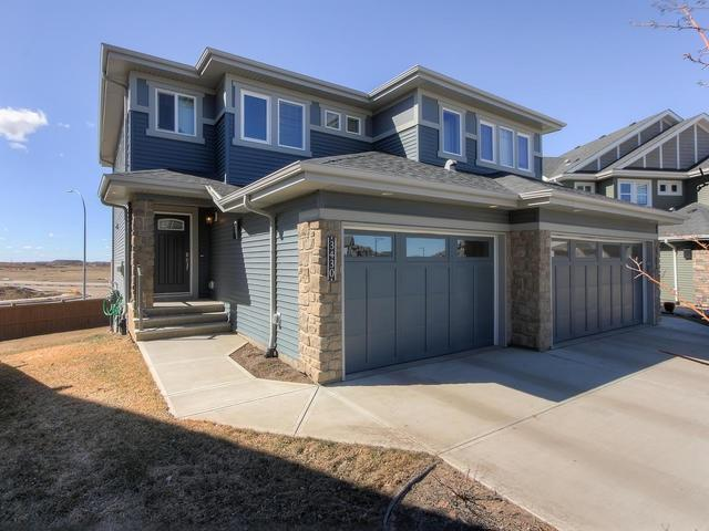 3430 Weidle Way, Edmonton, AB T6X 1V1 (#E4169010) :: David St. Jean Real Estate Group