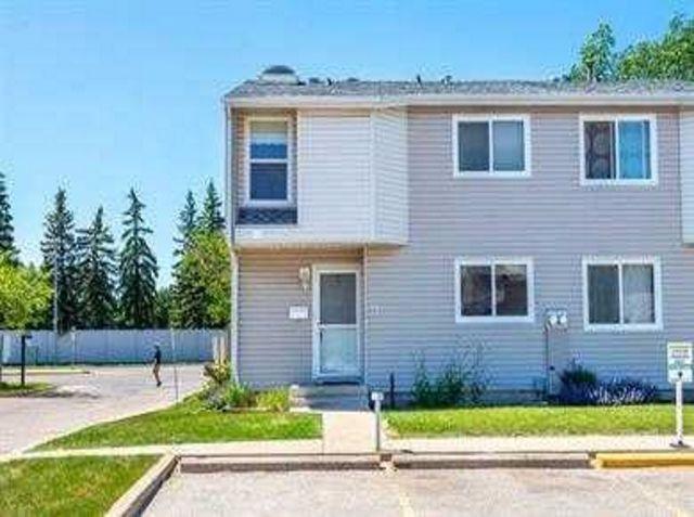 71 3221 119 Street, Edmonton, AB T6J 5K7 (#E4169074) :: The Foundry Real Estate Company