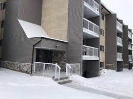 302 51 Brown Street, Stony Plain, AB T7Z 1P3 (#E4179284) :: Initia Real Estate