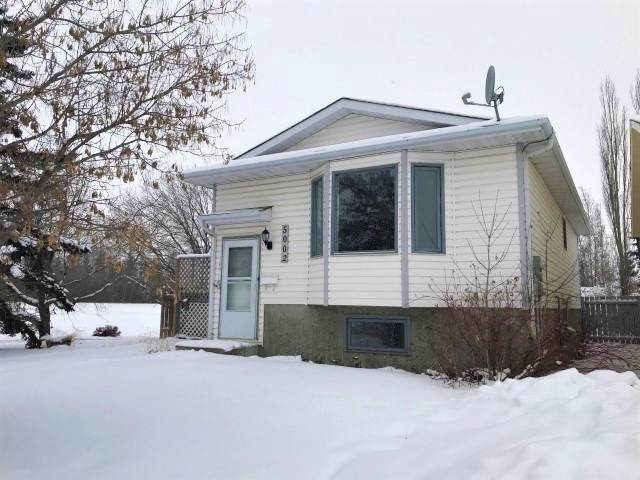 5002 52 Street, Calmar, AB T0C 0V0 (#E4182417) :: The Foundry Real Estate Company