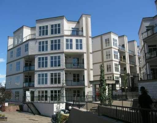 Edmonton, AB T6H 0R5 :: Initia Real Estate