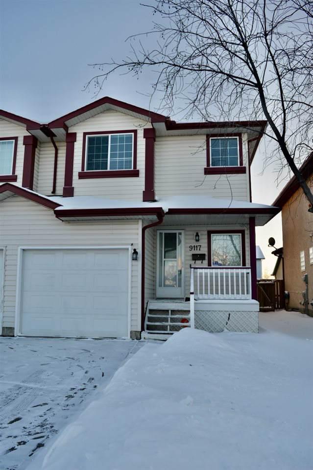 9117 165 Avenue, Edmonton, AB T5Z 3H7 (#E4184184) :: Initia Real Estate