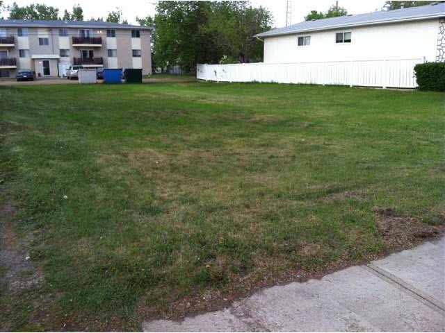 5110 45B Avenue, Vegreville, AB T9C 1L6 (#E4184242) :: Initia Real Estate