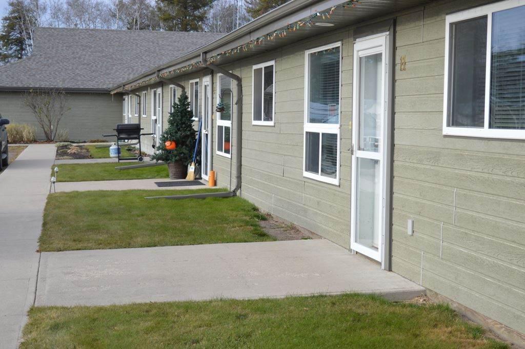 14 5011 Pine Drive - Photo 1