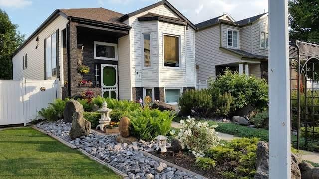 9341 103 Avenue, Edmonton, AB T5H 4L8 (#E4191388) :: Initia Real Estate