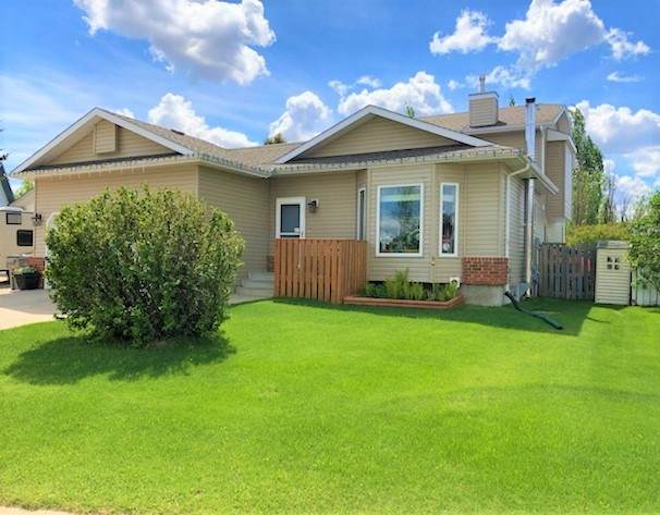 162 Pipestone Manor, Millet, AB T0C 2V0 (#E4200592) :: Müve Team | RE/MAX Elite