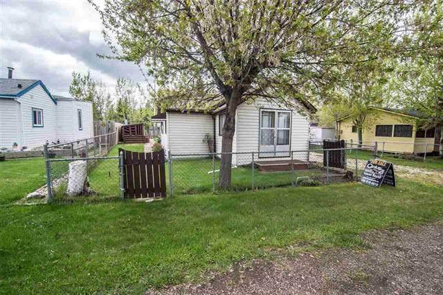 4712 48 Street, Rural Lac Ste. Anne County, AB T0E 0A0 (#E4202697) :: Müve Team | RE/MAX Elite