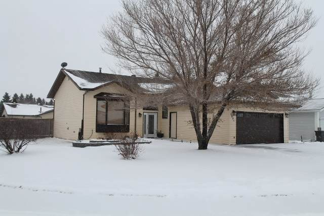 5221 54A Street, Elk Point, AB T0A 1A0 (#E4220694) :: The Foundry Real Estate Company