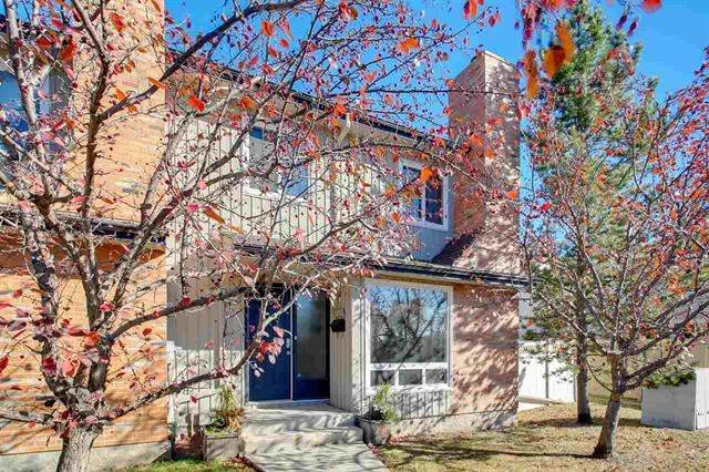 3251 119 Street, Edmonton, AB T6J 5K7 (#E4221596) :: The Foundry Real Estate Company