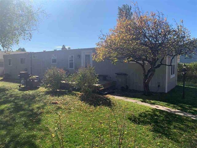 5113 53 Avenue, Wabamun, AB T0E 2K0 (#E4223241) :: The Foundry Real Estate Company