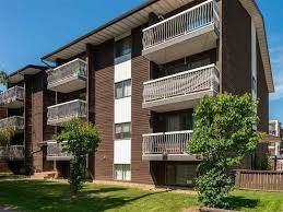 206 9904 90 Avenue, Edmonton, AB T6E 2T3 (#E4225247) :: The Foundry Real Estate Company