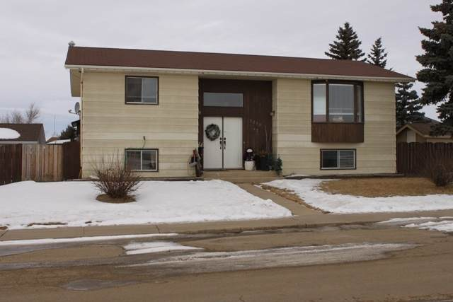 5210 43 St., Tofield, AB T0B 4J0 (#E4225649) :: The Foundry Real Estate Company