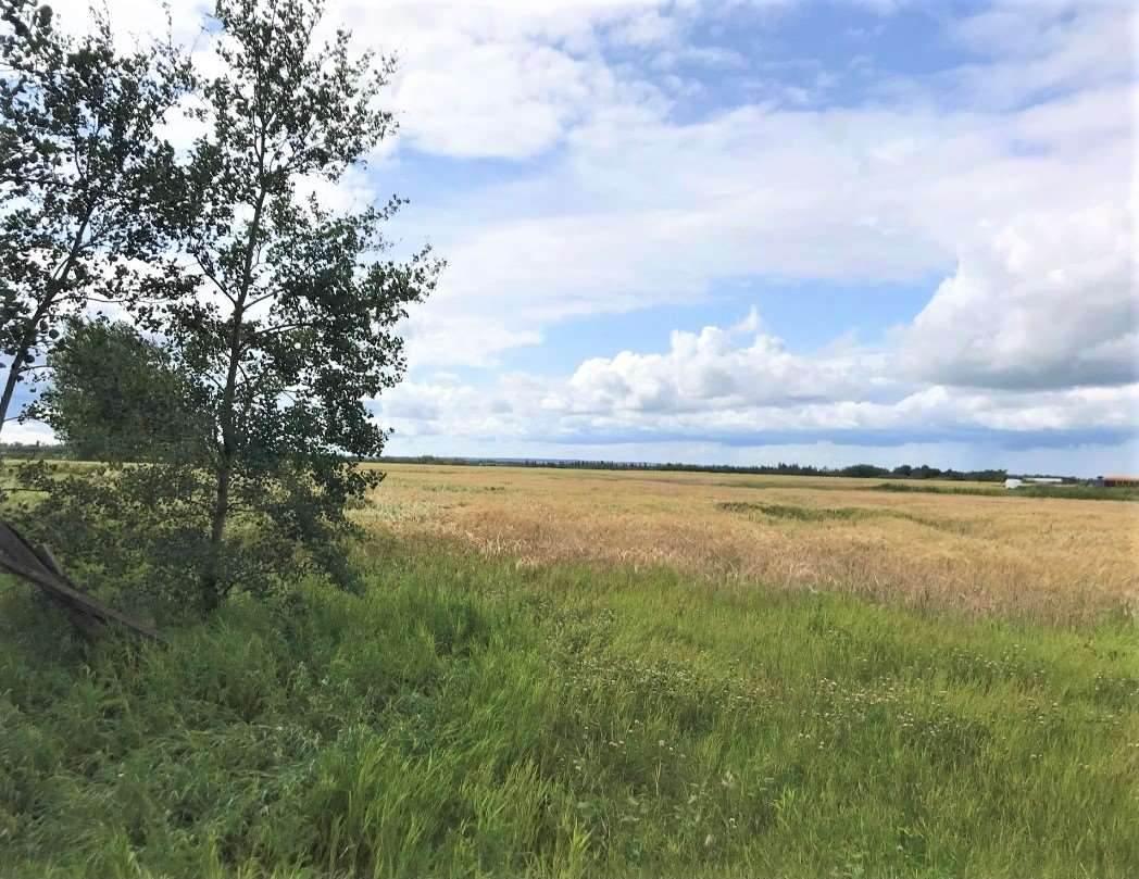 Range Road 262 - Photo 1