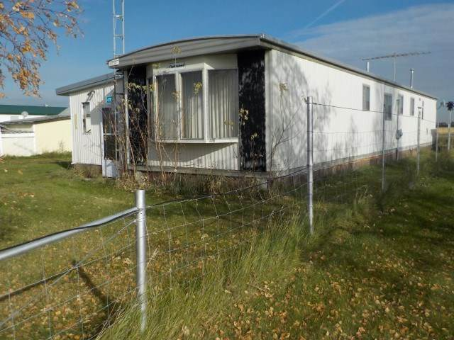 Vimy, AB T0G 2J0 :: Initia Real Estate