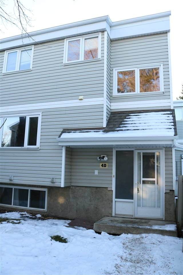 4D Castle Terrace, Edmonton, AB T5X 2E6 (#E4237767) :: Initia Real Estate