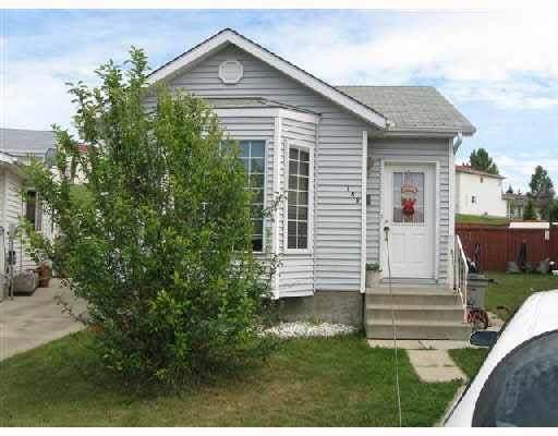 155 Hyndman Crescent, Edmonton, AB T5R 4X4 (#E4240723) :: Initia Real Estate