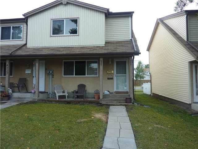 4729 35 Avenue, Edmonton, AB T6L 3P8 (#E4242078) :: Initia Real Estate