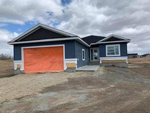 Rural Lac Ste. Anne County, AB T0E 1V0 :: Initia Real Estate
