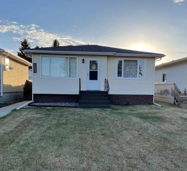 5642 50 Street, Vegreville, AB T9C 1H7 (#E4242748) :: Initia Real Estate