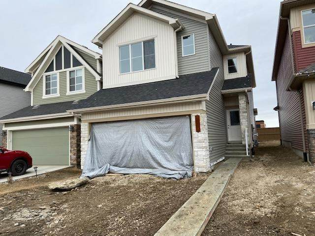 2777 Collins Crescent, Edmonton, AB T6W 3Y2 (#E4244054) :: Initia Real Estate