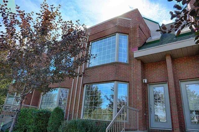 9019 98 Avenue, Edmonton, AB T6C 4P2 (#E4245792) :: The Good Real Estate Company