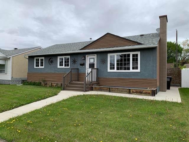 3410 119A Avenue, Edmonton, AB T5H 0C6 (#E4246491) :: Initia Real Estate