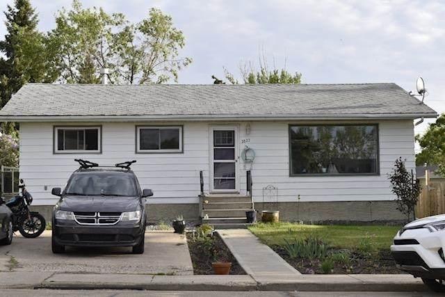 5027 55 Avenue, Tofield, AB T0B 4J0 (#E4248423) :: Initia Real Estate