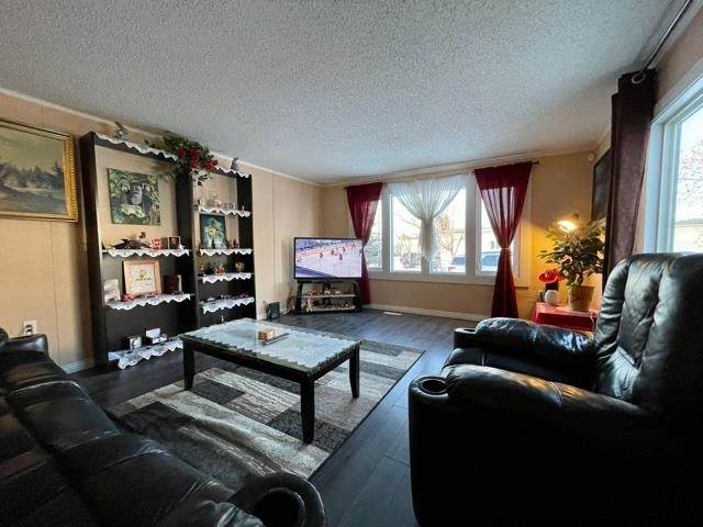 1369 Lakewood Road, Sherwood Park, AB T8H 1L4 (#E4257894) :: The Foundry Real Estate Company