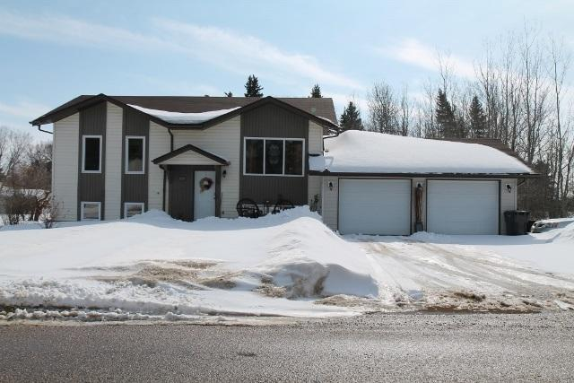 5137 52 Avenue, Elk Point, AB T0A 1A0 (#E4102466) :: The Foundry Real Estate Company