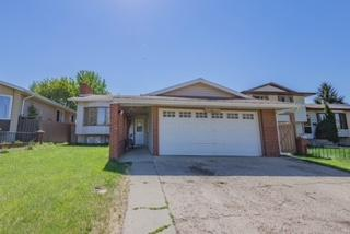 4219 30 Avenue, Edmonton, AB T6L 4P1 (#E4112860) :: The Foundry Real Estate Company