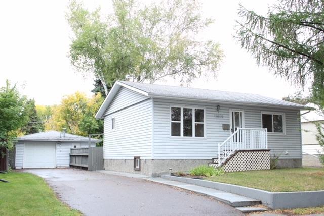 11026 151 Street, Edmonton, AB T5P 1W3 (#E4129039) :: The Foundry Real Estate Company