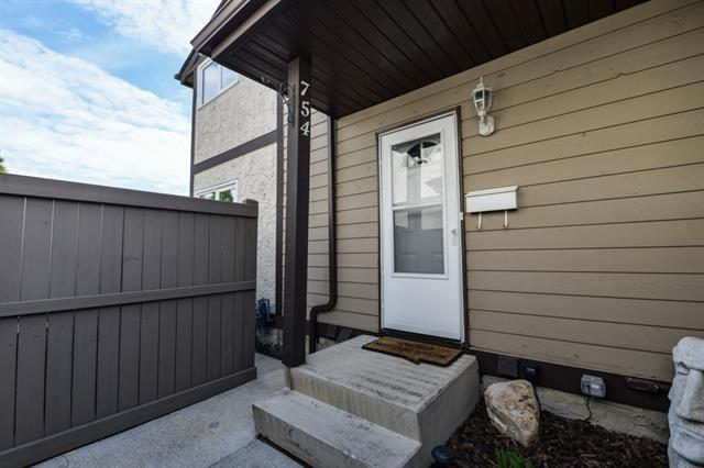 754 Clareview Road, Edmonton, AB T5A 4J7 (#E4132340) :: The Foundry Real Estate Company