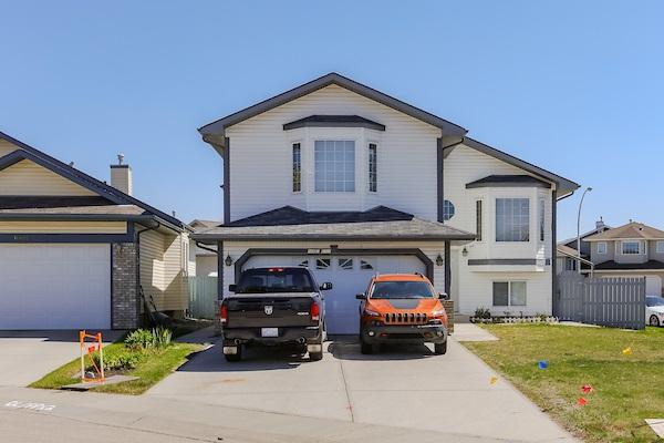 16603 81 Street, Edmonton, AB T5Z 3J5 (#E4148972) :: Mozaic Realty Group