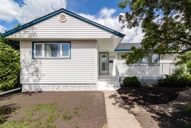 7019 83 Street, Edmonton, AB T6C 2Y1 (#E4160218) :: David St. Jean Real Estate Group