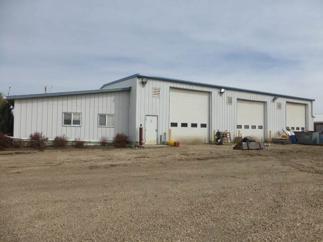 4115 50 AV, Thorsby, AB T0C 2P0 (#E4188089) :: Müve Team | RE/MAX Elite