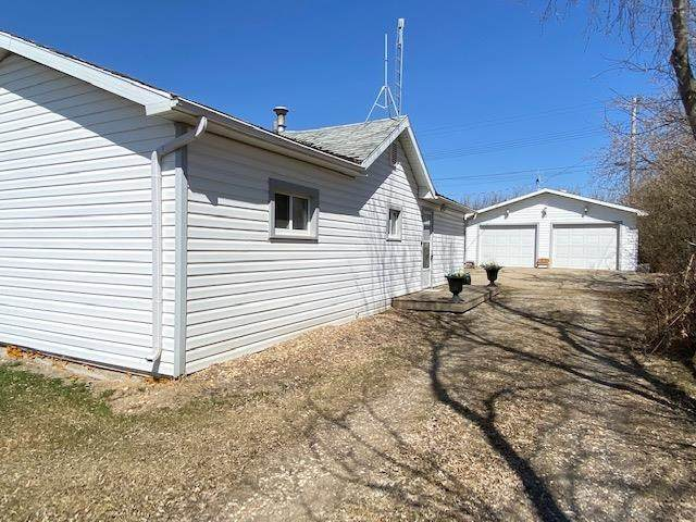 4904 50 Avenue, Lavoy, AB T0B 2S0 (#E4216942) :: Initia Real Estate
