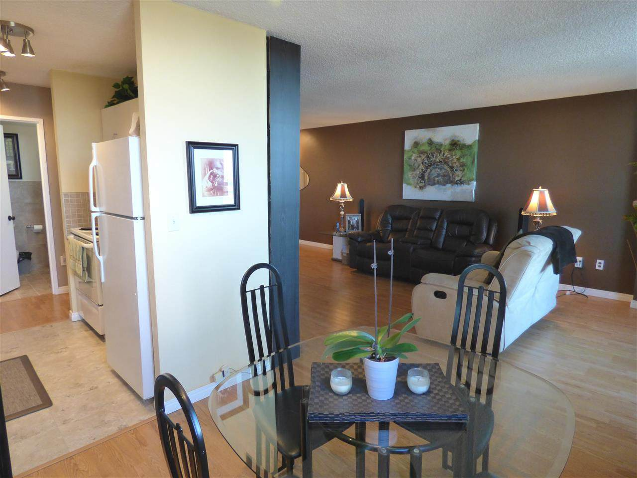 1009 13910 Stony Plain Road - Photo 1