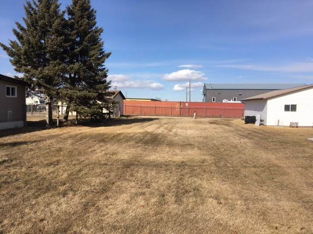 4924 56 Avenue, Viking, AB T0B 4N0 (#E4234735) :: Initia Real Estate