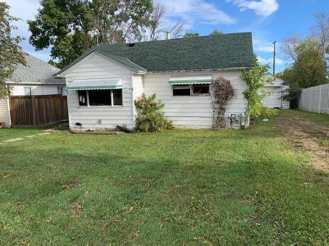 5032 55 Avenue, Tofield, AB T0B 4J0 (#E4263148) :: Initia Real Estate