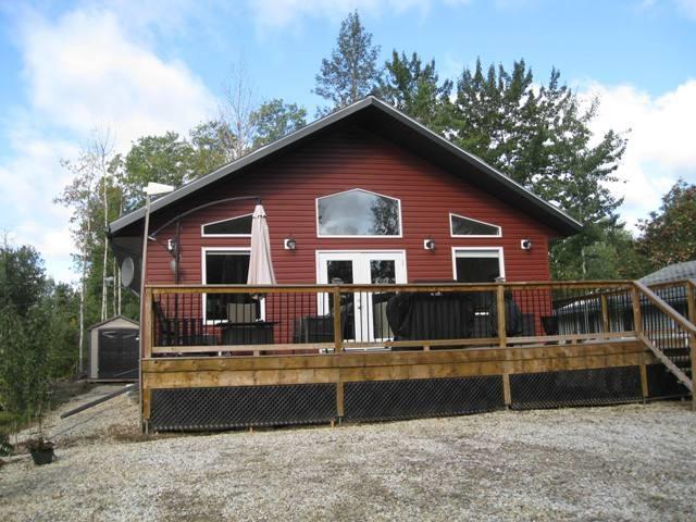 1703 Cove Crescent, Rural Lac Ste. Anne County, AB T0E 0L0 (#E4097923) :: The Foundry Real Estate Company
