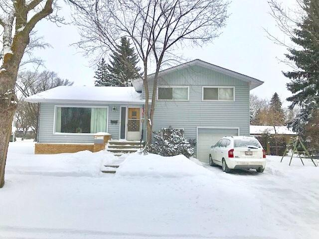 11355 56 Street, Edmonton, AB T5W 3S5 (#E4144175) :: The Foundry Real Estate Company