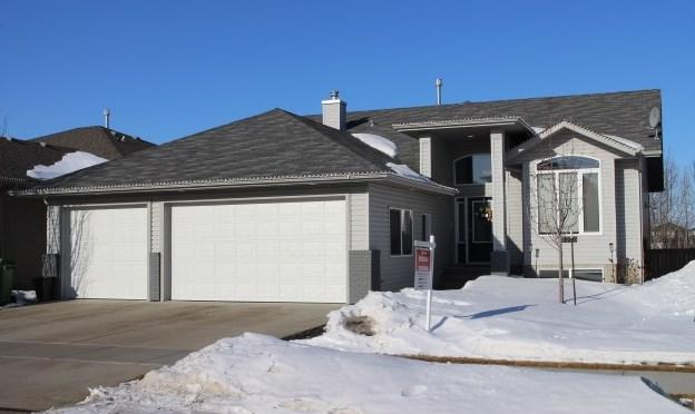 5206 63 Street, Beaumont, AB T4X 1V4 (#E4102425) :: The Foundry Real Estate Company