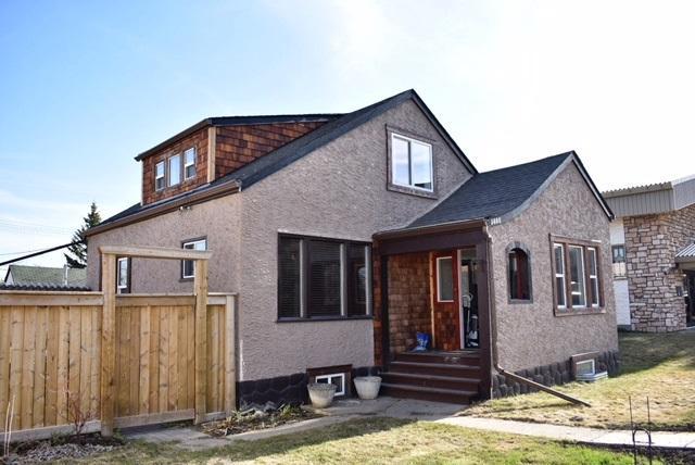 5008 52 Avenue, Stony Plain, AB T7X 1C1 (#E4105337) :: The Foundry Real Estate Company