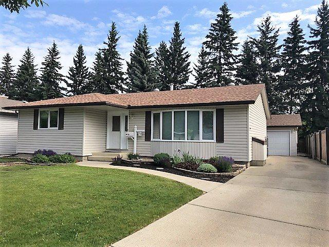 74 Beaverbrook Crescent, St. Albert, AB T8N 2L1 (#E4162834) :: David St. Jean Real Estate Group
