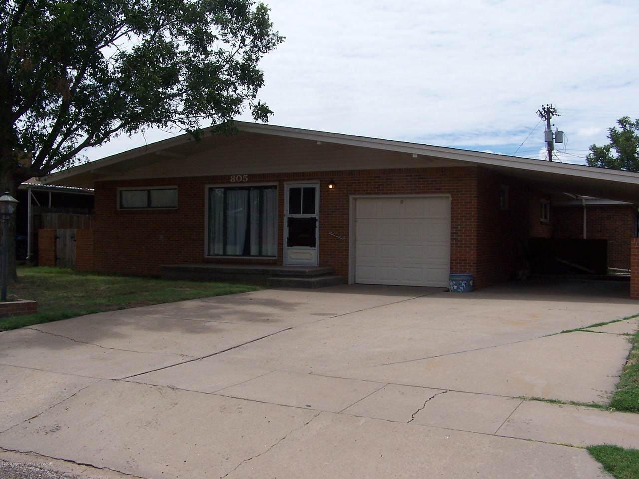 805 Home Rd - Photo 1