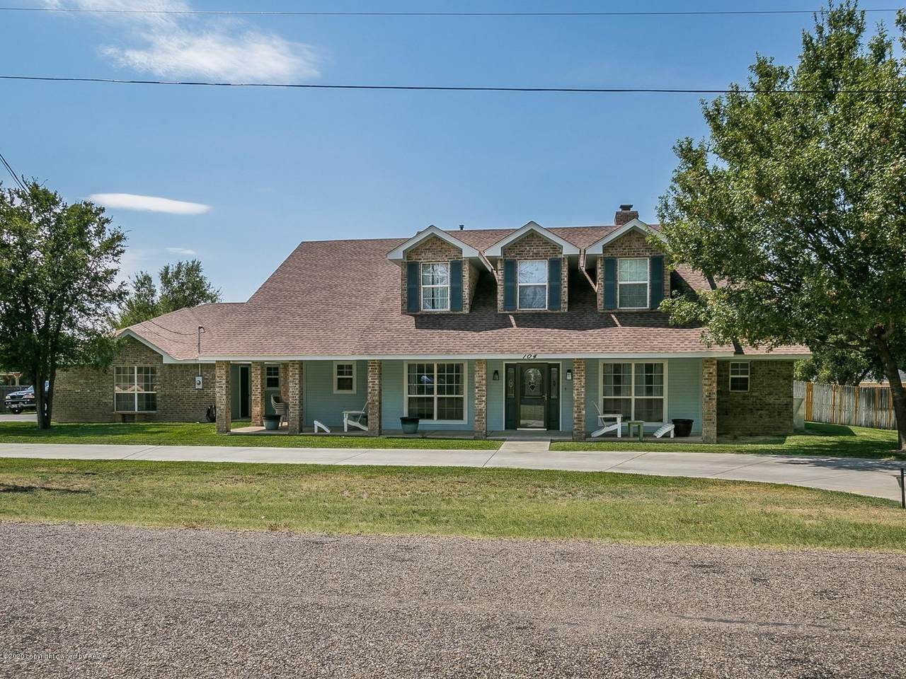 104 Mathis Dr - Photo 1