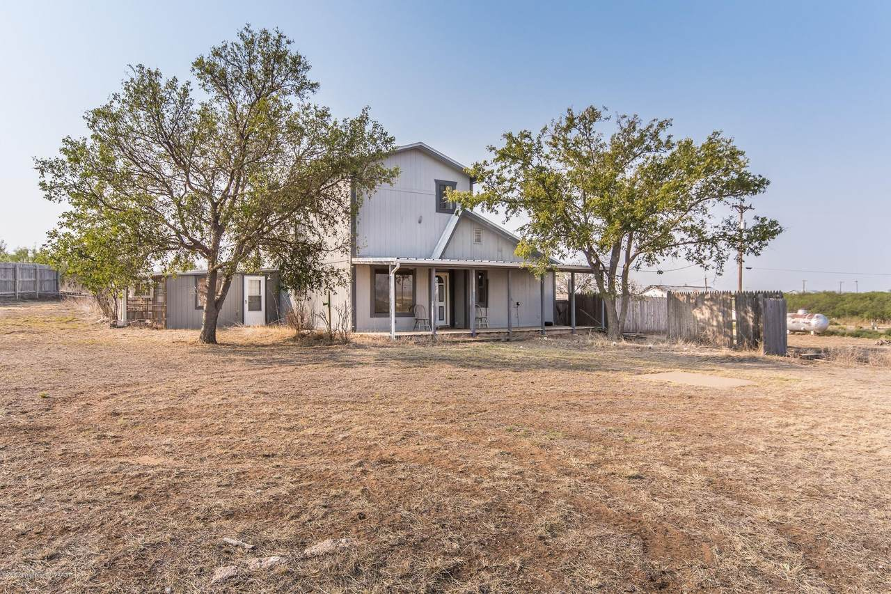 1560 Phillips Camp Rd - Photo 1