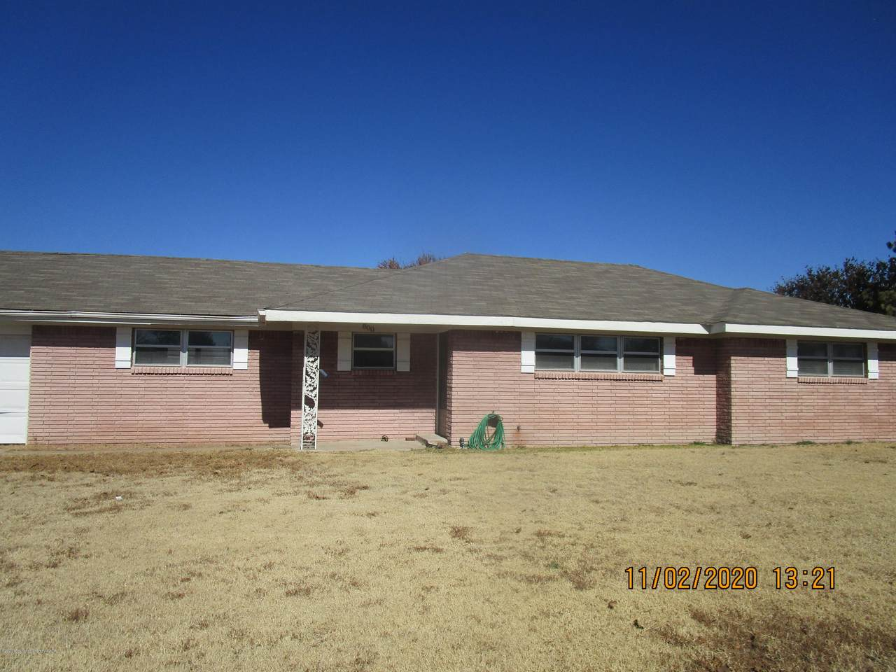 800 Country Club - Photo 1
