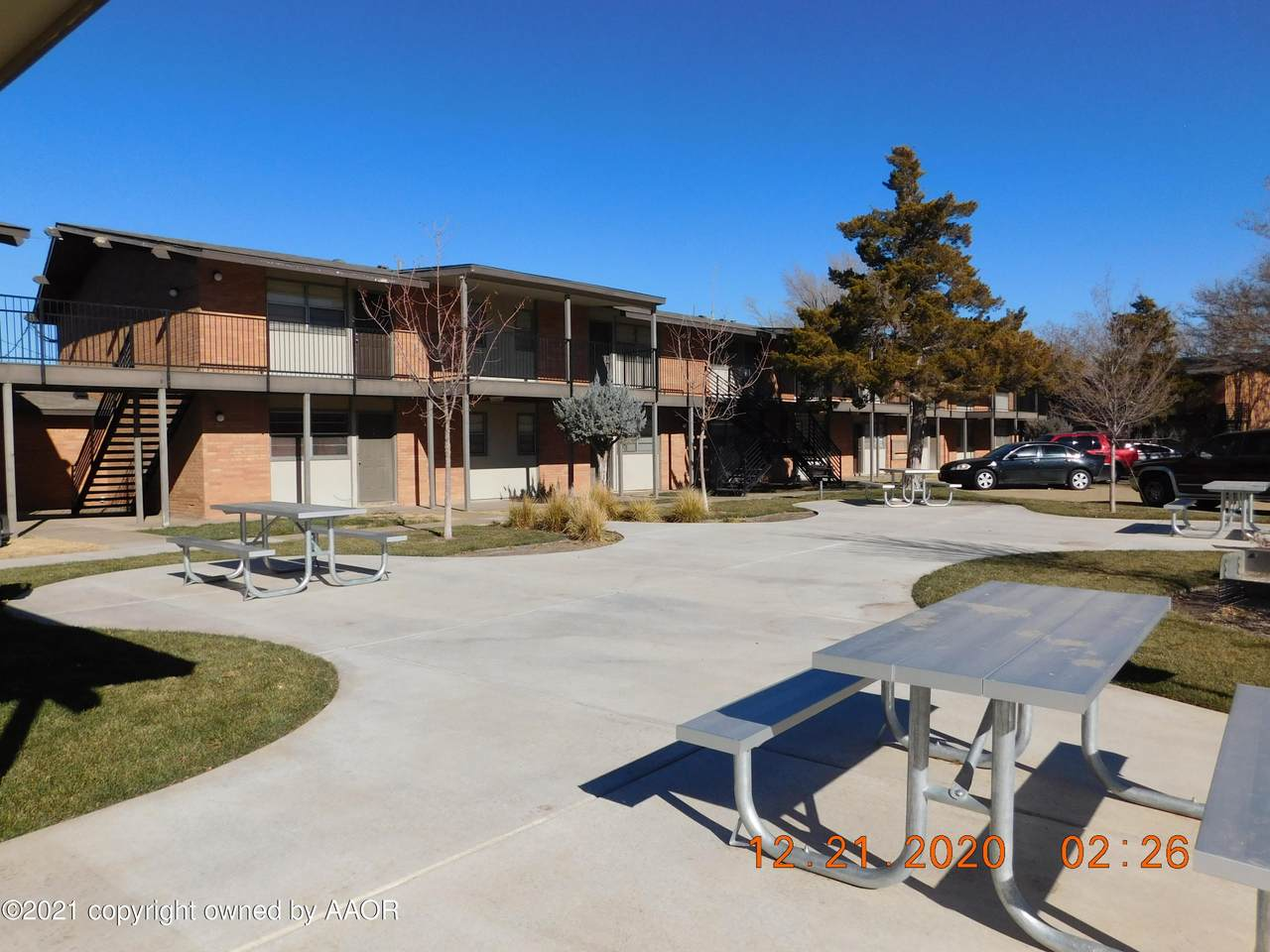 2815 27TH Ave - Photo 1